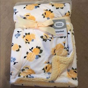 Luvable Friends Floral Blanket Yellow